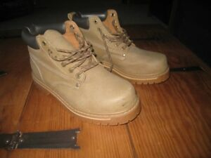.Rugged Outback Hiking Boots - like new.