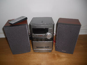 Sony Micro Stero wiith remote control and speakers