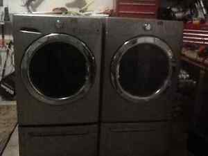 Fridgidaire Affinity Washer and Dryer For Sale