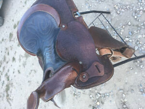 """15"""" eamore western saddle"""