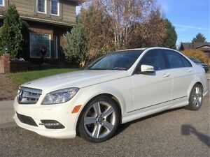 Just in Time for Winter - 2011 Mercedes-Benz C-Class C300 Sedan