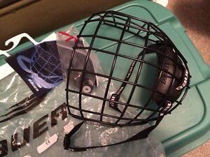 BAUER 2000 FACEGUARD BLACK LARGE NEW WITH TAGS