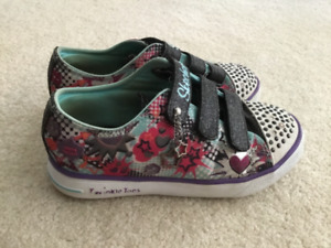 Skechers Twinkle Toes Light up Size 1 Kid's Shoes