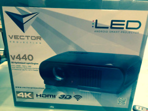 4K LED Projector + screen / BRAND NEW