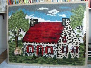 Tapis (tapisserie) crocheté - artisanat  ( PRIX RÉDUIT )