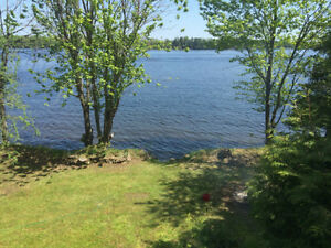 Available July 1-8! Mississippi Lakefront Cottage Rental
