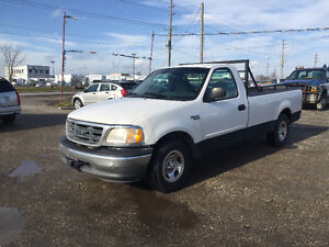 2000 FORD F-150 XL * SUPER LOW KM * PRICED TO SELL QUICK
