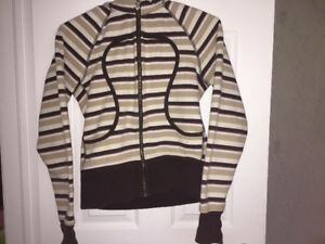 Purple brown Neapolitan striped Lululemon scuba hoodie size 8