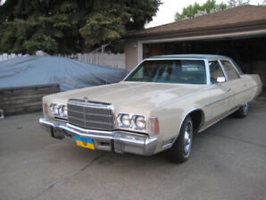 1976 Chrysler Newport excellent Sedan