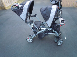 DOUBLE STROLLER - Baby Trend Sit N Stand