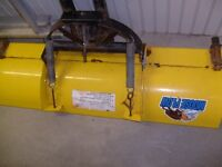 HONDA SNOWPLOW EXCELENT CONDITION AND WINDSHIELD