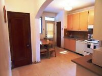 4 CHAMBRES COMPLETEMENT MEUBLE