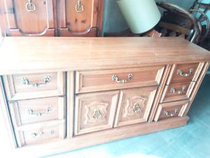 Beautiful 2 dressers set