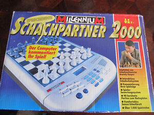 electronic chess game in german  new in box