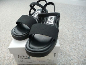 Variety of Brand New Girl's Sandals - Different Sizes & Styles London Ontario image 4