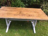 5.5 ft long oak dinning kitchen table