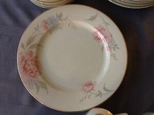 Rose dish set