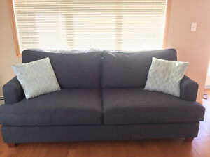 Navy blue couch in great condition