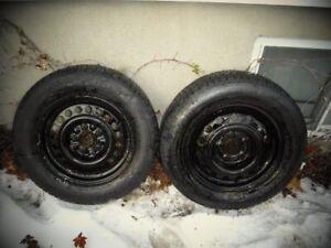 pneux et rim ,  avec Pneu 215 60 R15
