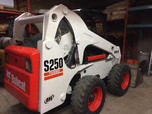 Bobcat S250 with only 1300 hrs.