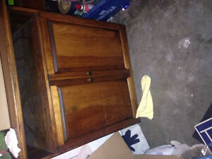 Tv table/cabinet