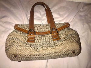 Coach and Guess bags for Sale Kitchener / Waterloo Kitchener Area image 2