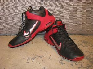Chaussures de basketball NIKE Air visi pro IV, taille 9 1/2