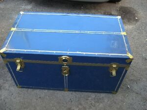 LARGE OLD TRUNK $15