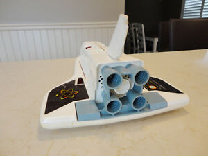 Vintage 1969 Fisher Price Alpha Probe w/Mini Shuttle -Work great Kitchener / Waterloo Kitchener Area image 4