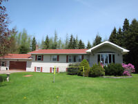 Lake view, open concept, 3 bed home on Mount View Road