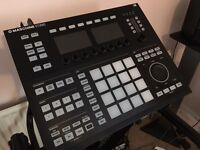 Native Instruments Maschine Studio + Komplete 10 + Expansions