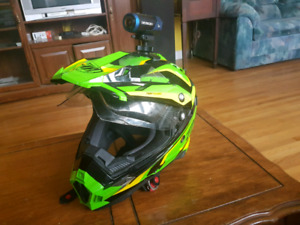THH helmet with airpro ion cam. ( size medium )