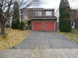 OUTDOOR Parking,Private Spot, Chesterton/Meadowlands,seeVIDEO