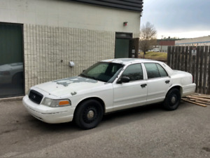 Ex-Police Cars (Ford Crown Victoria)