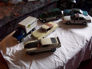 1:24 DIECAST CARS , SOME NEW IN BOXES Peterborough Peterborough Area image 1