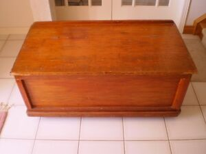 Solid Wood Cedar Chest Kitchener / Waterloo Kitchener Area image 2