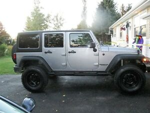 2013 Jeep Wrangler Unlimited Sport SUV (Financing option)