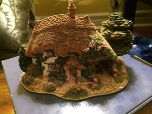 Lilliput Lane The Pottery
