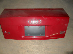 Tailgate -hayon-trunk AUDI A4 2002 a 2005 B6 rouge