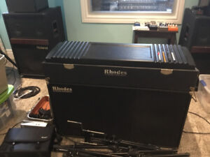 RARELY FOR SALE!           RHODES SUITCASE 73