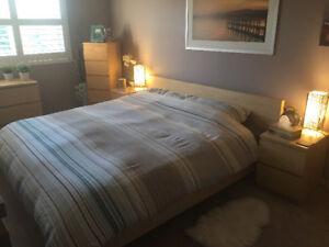King size full natural birch bedroom set.