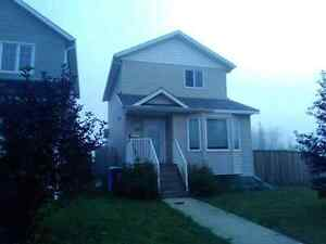 Furnished 3bdrm 2.5 bath house in Timberlea available Nov.1