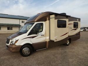 Winnebago view buy or sell rvs motorhomes in ontario for Mercedes benz view rv