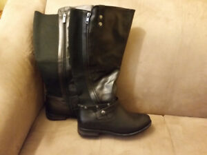 Women's Riding Style Boots Size 9