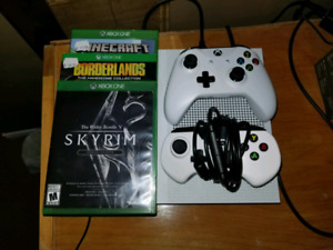 Xbox one s with 2 controllers and 3 games