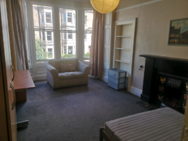 Room to let in Marchmont Road Edinburgh