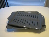 CLEAN OVEN BROILER PAN & GRILL INSERT-ROAST A TURKEY IN  IT TOO!