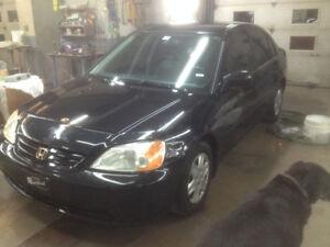 2003 Honda Civic Sedan automatic/ac/ 514-515-3493