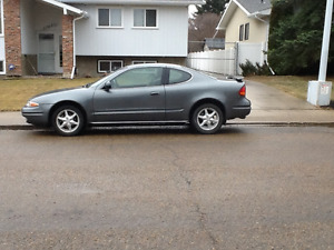 2003    Oldsmobile Alero. Coupe (2 door)