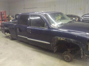 Gmc Sierra 2005 1500 HD Parts or Project Truck Frame Rebuild Cambridge Kitchener Area image 2